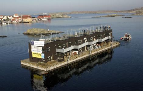 L'hôtel flottant Salt and Sill en Suède