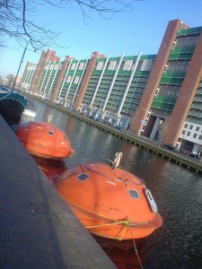 Capsule hotel à La Haye : comme une bouteille à la mer