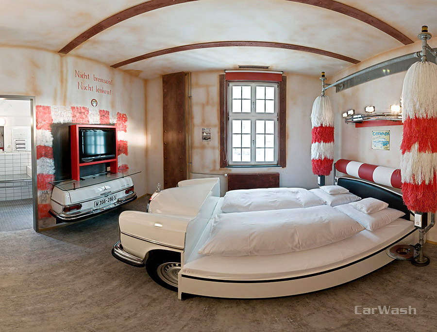 decoration garage voiture. Black Bedroom Furniture Sets. Home Design Ideas