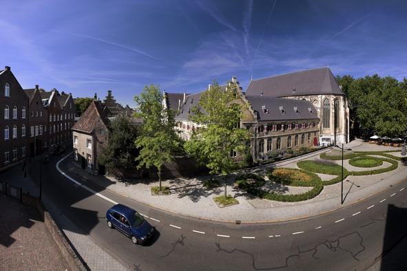 Dormir dans un ancien couvent à Maastricht
