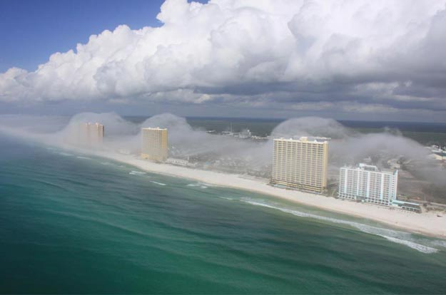 panama city helicopter tour with Nuage Tsunami Floride on HonoredGuests also 10375026 Spectacular Cloud Tsunami Rolls Over Florida High Rise Condos together with D750 Ttd besides Tsunami Clouds likewise 2525159928.