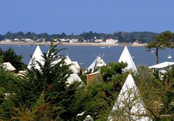 Oc an archives voyage insolite - Camping noirmoutier tipi ...