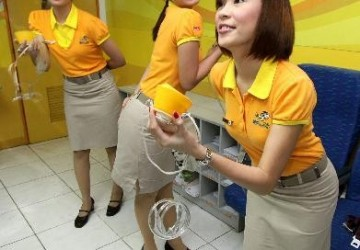 cebu-pacific-hotesse