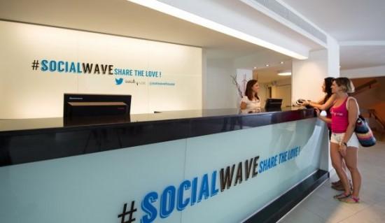 hotel-twitter-SolWaveHouse