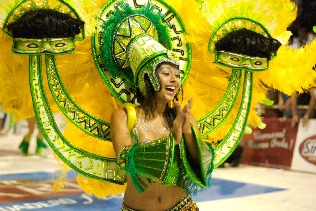 CarnavalGualeguaychú_knv.jns.jpg.client.x675