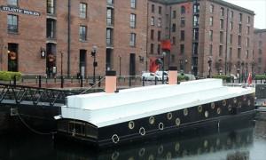 L'hôtel Titanic flottant en Angleterre