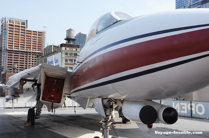 New-York_USS_intrepid3