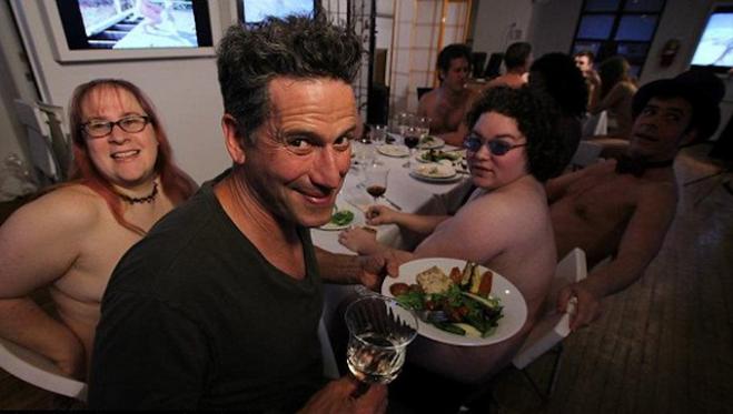 restaurant_nudiste_3
