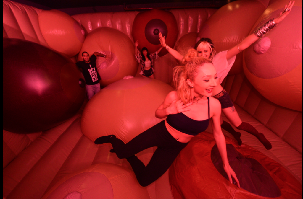 fun and joy sex im kinosaal