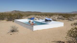 social_pool_desert_de_mojave5
