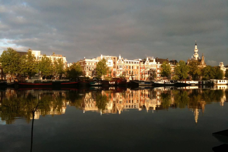 Top 9 des p niches louer amsterdam voyage insolite - Logement insolite amsterdam ...