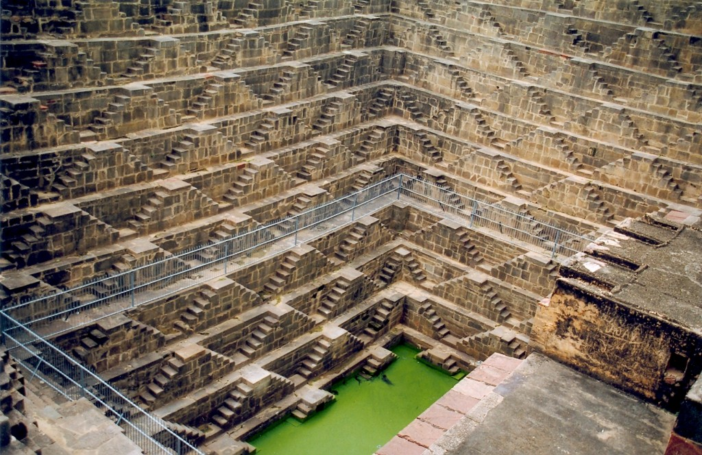 Chand Baori : un puits de 30 mètres en Inde