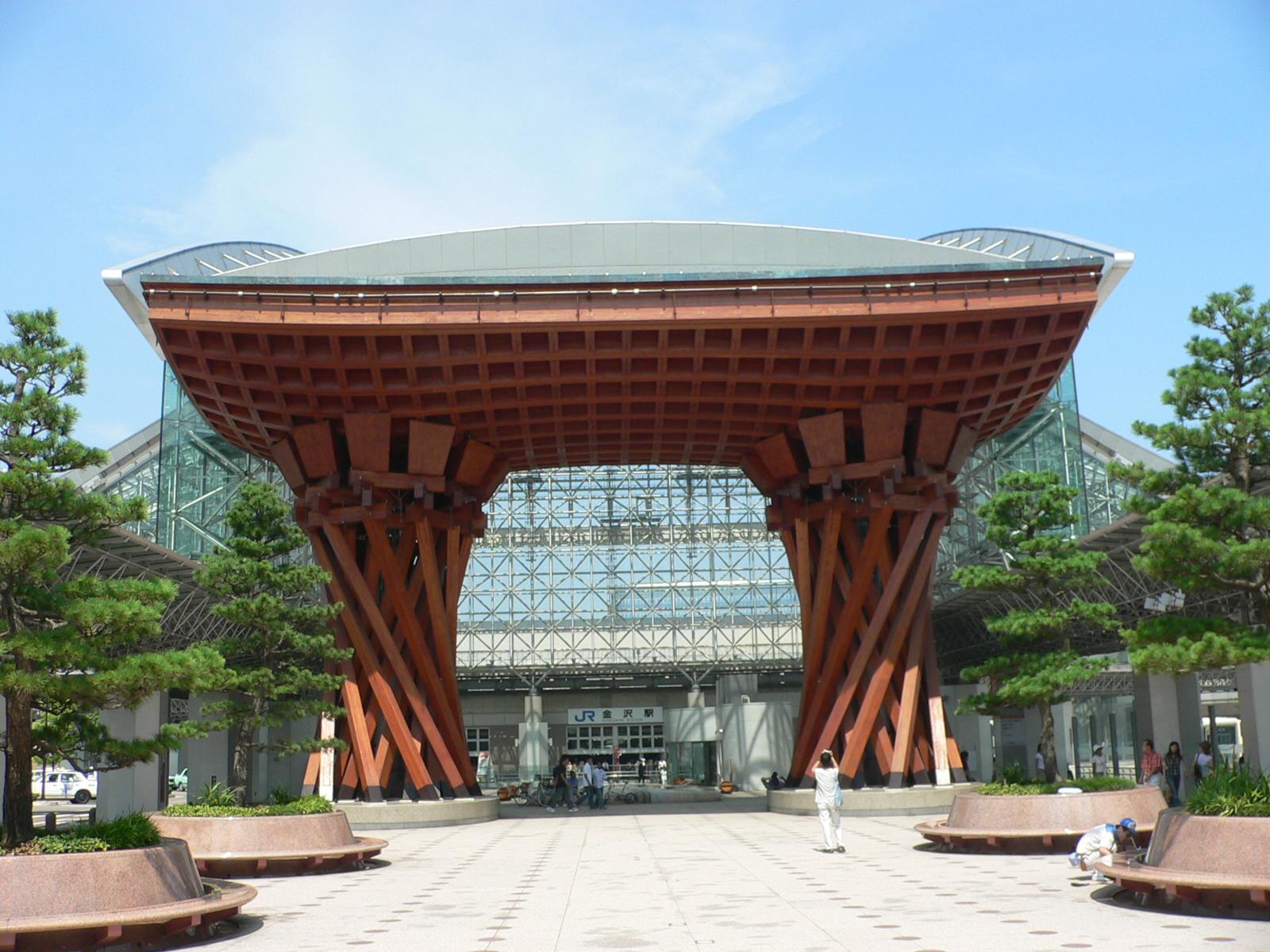 Gare_kanazawa