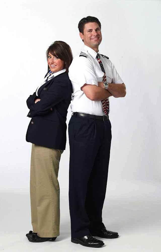 hôtesse_de_lair_uniformes (11)
