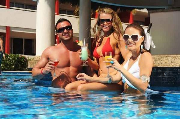cancun-Temptation-Resort-sexy