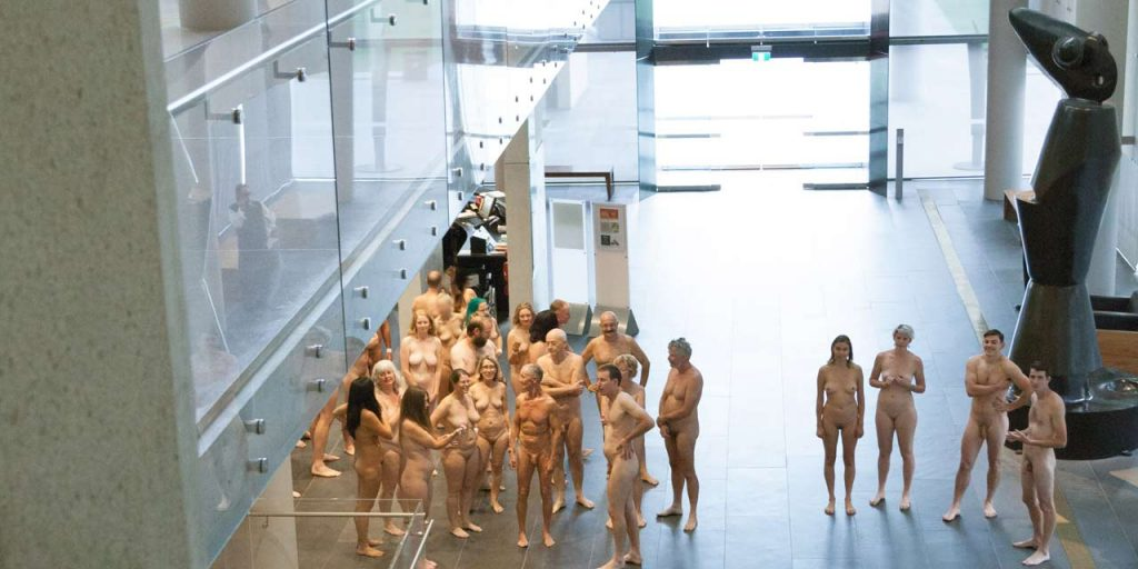 Visiter un musée entièrement nu en Australie