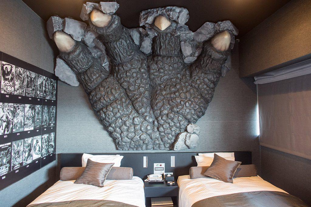 hotel-godzilla-tokyo