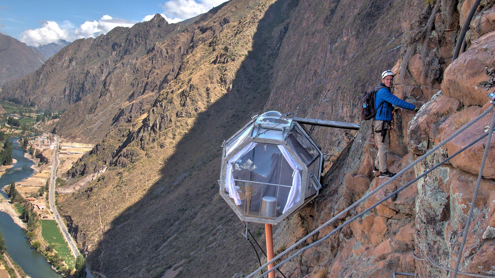 Une nuit sur la falaise au Pérou