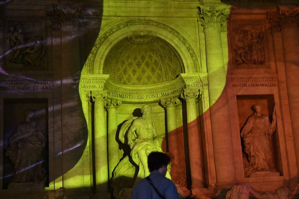 La fontaine de Trevi, à Rome.