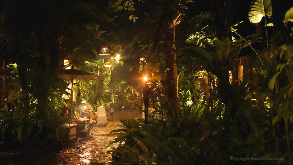restaurant-kampung-daun (3)