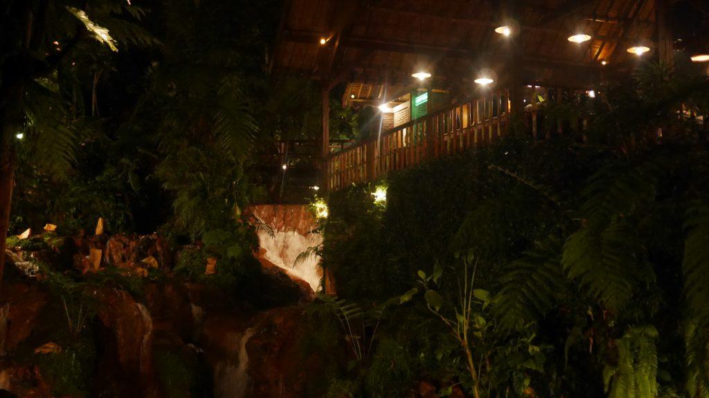 restaurant-kampung-daun (5)