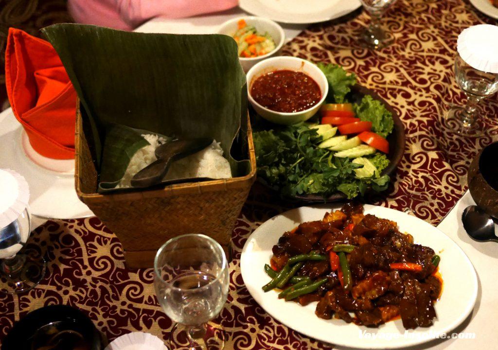 restaurant-kampung-daun (7)