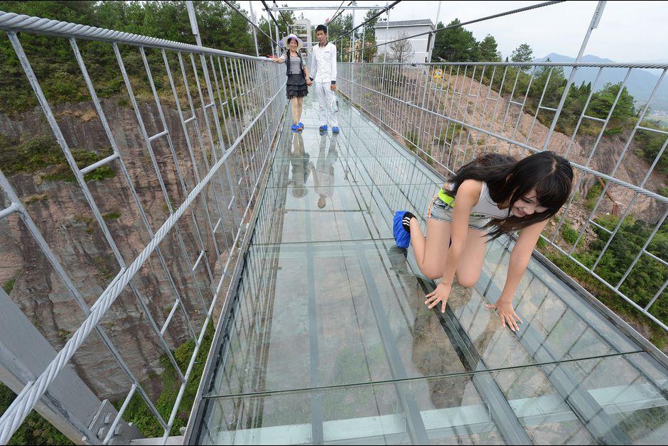 pont-en-verre-chine