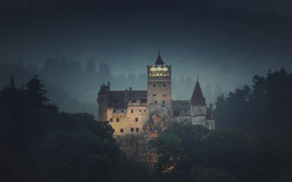 Dormez la nuit d'Halloween dans le château de Dracula