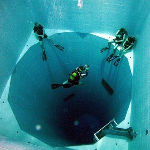 La piscine la plus profonde du monde à l'hôtel Terme Millepini !