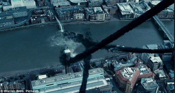Pont du Millenium, Londres dans Harry Potter