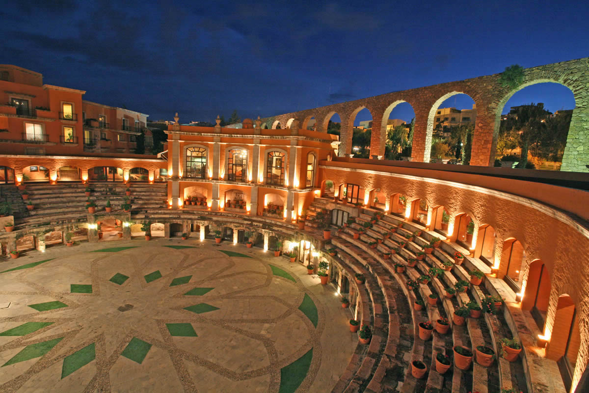 H tel luxe insolite corrida le quinta real zacatecas for Hotels insolites