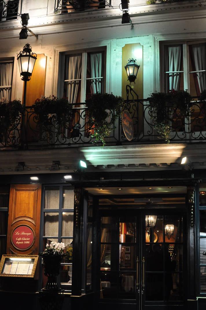 Un resto insolite et historique à Paris : le Procope