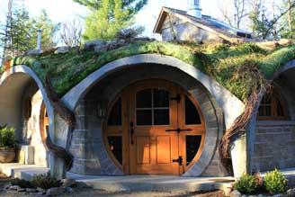 maison de hobbit au Québec