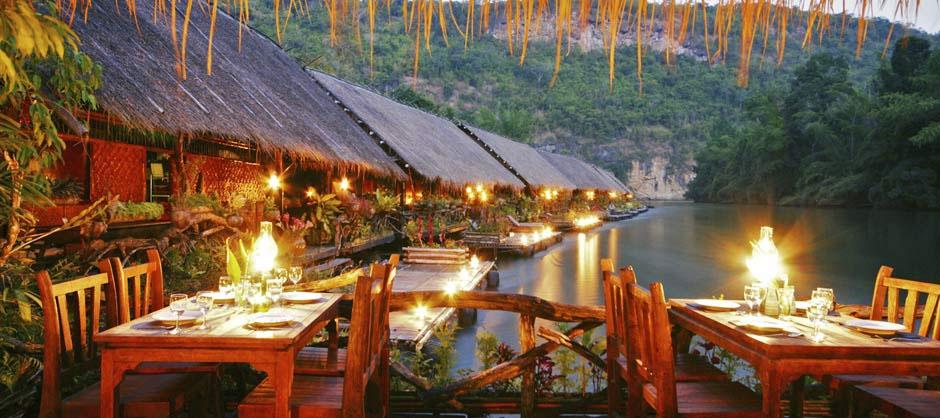 hôtel sur la rivière Kwai en Thaïlande