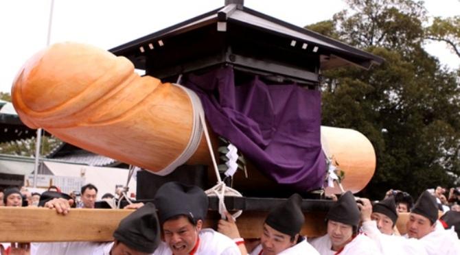 festival pénis au japon
