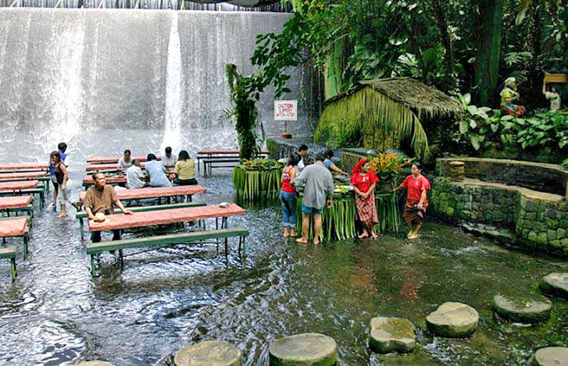 hôtel sur cascade