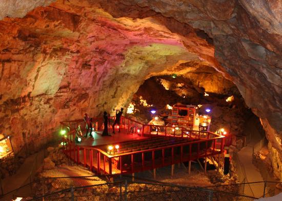 chambre sous terre dans un canyon