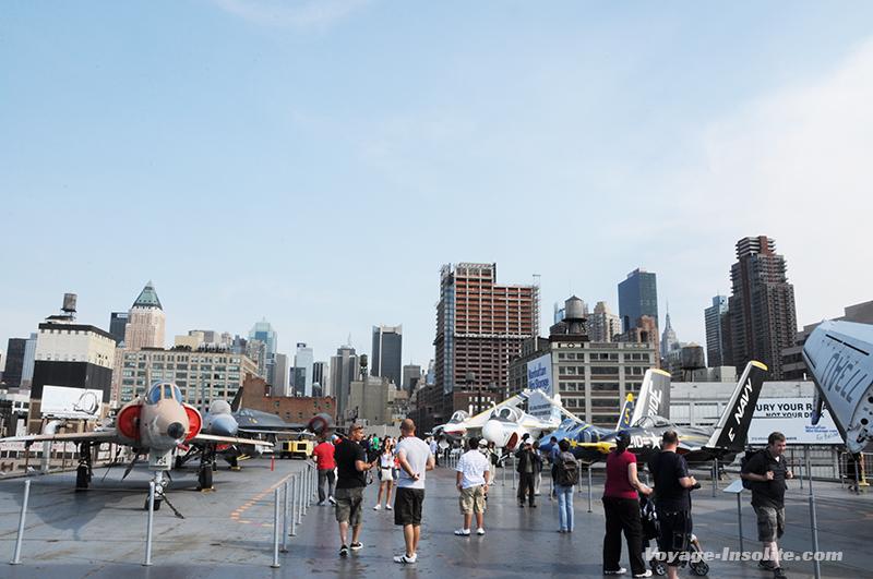 musée insolite porte avion new york