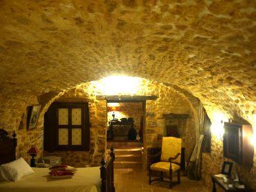 chambre troglodyte Périgord