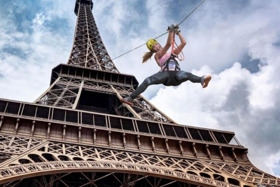 Voyage h bergement et vacances insolites - Monter a la tour eiffel prix ...
