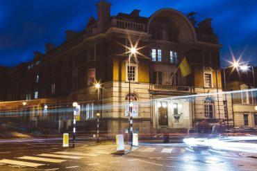 hotel prison Londres