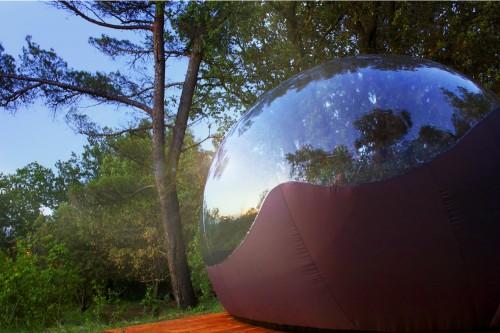 dormir dans des maisons bulles languedoc roussillon voyage insolite. Black Bedroom Furniture Sets. Home Design Ideas