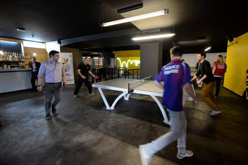 bar ping-pong