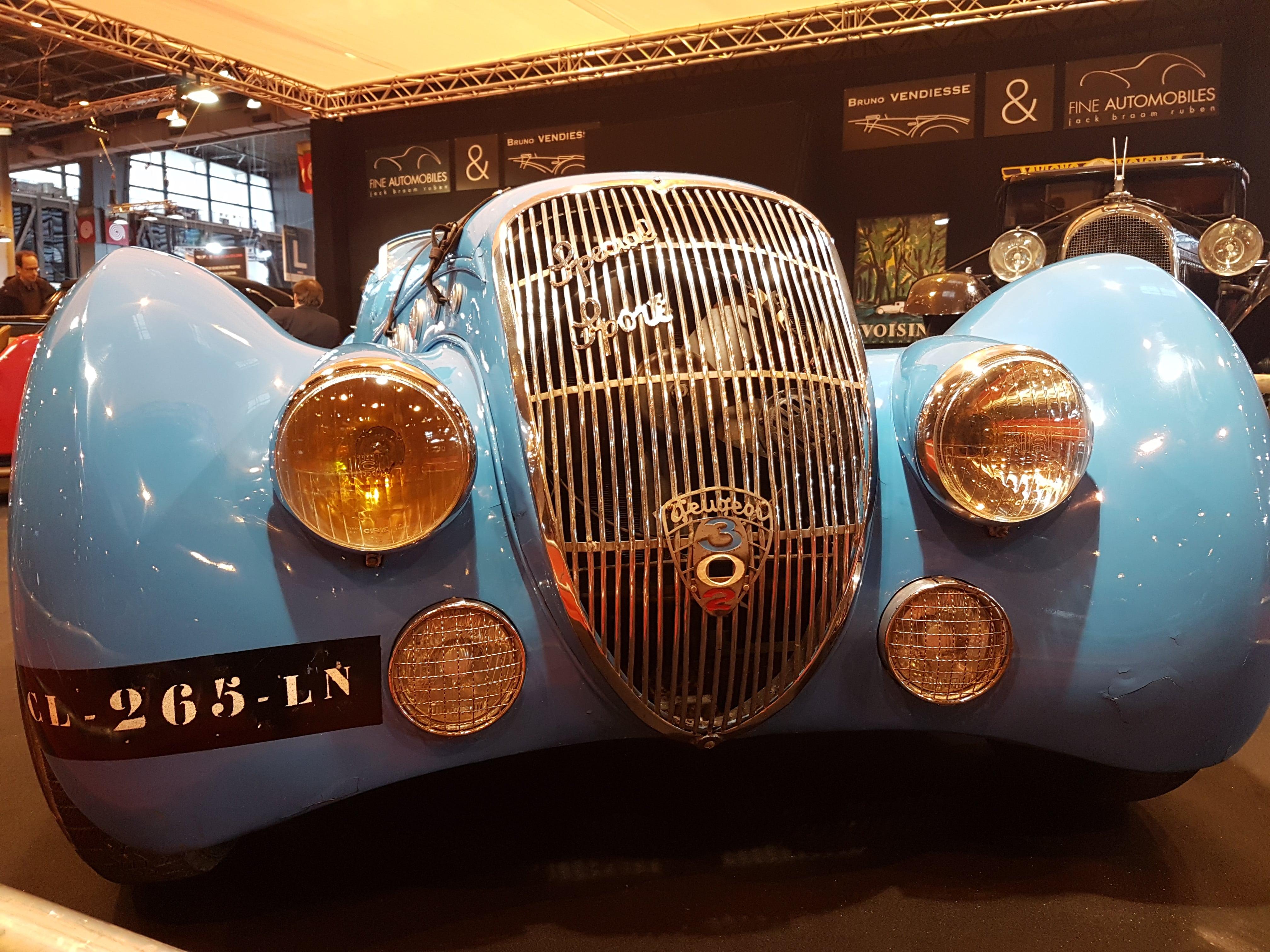 Peugeot 302
