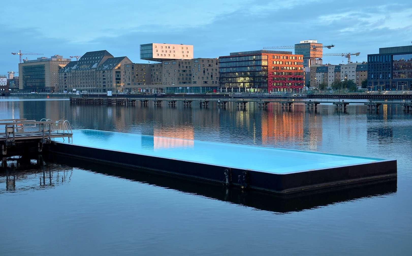 Berlin insolite piscine flottante