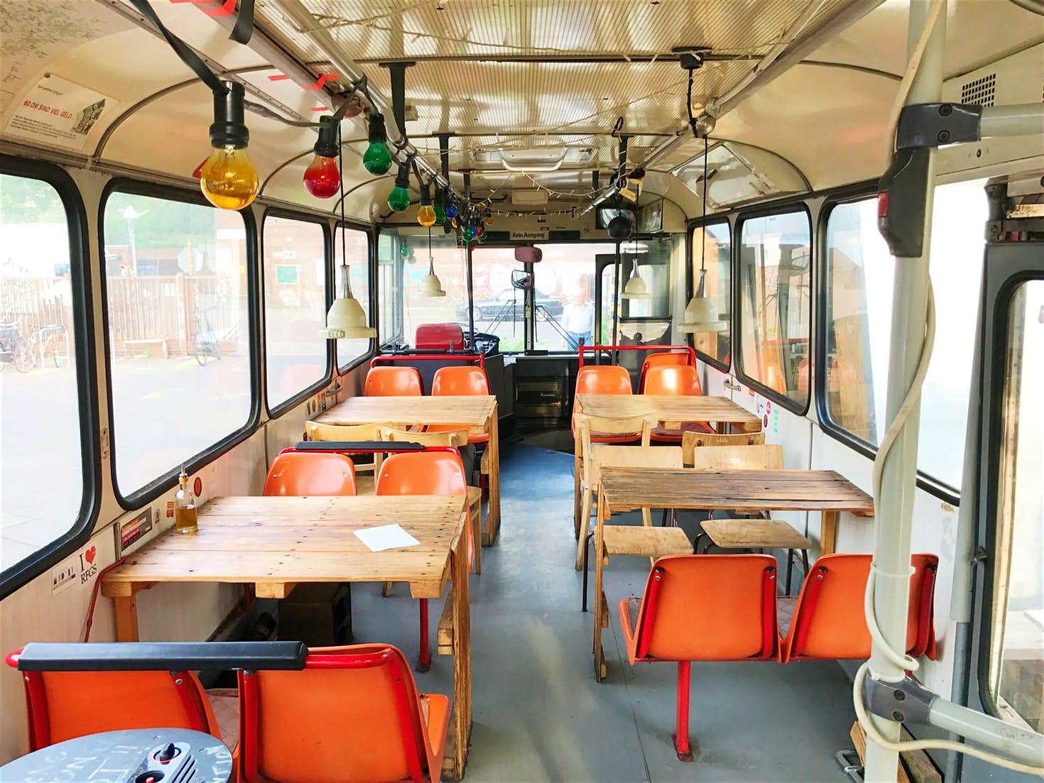 Berlin insolite restaurant bus