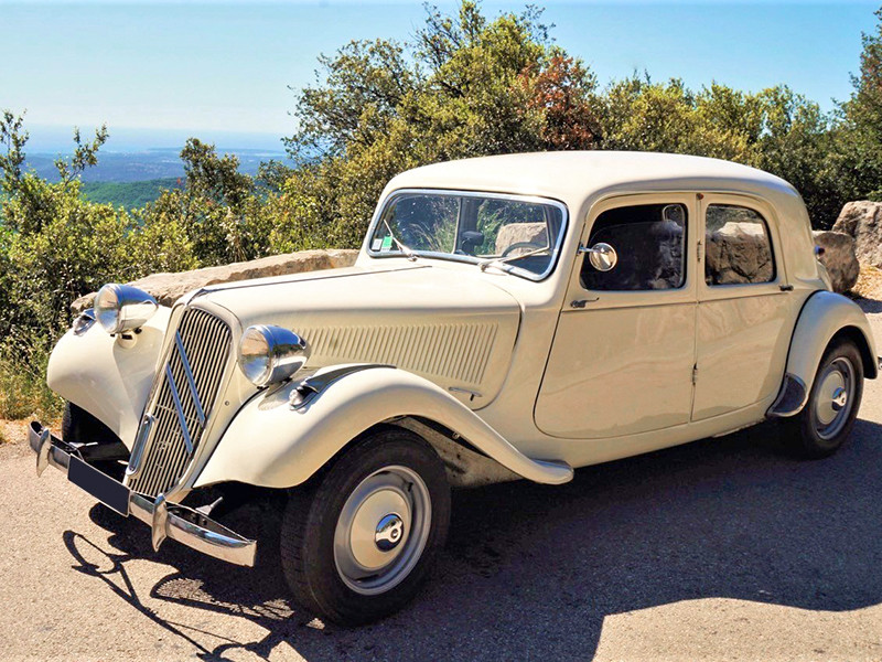 Balade à Gourdon en Traction Avant