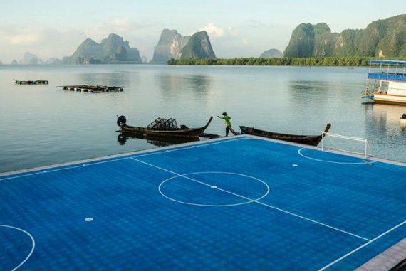 stade de foot flottant Thailande