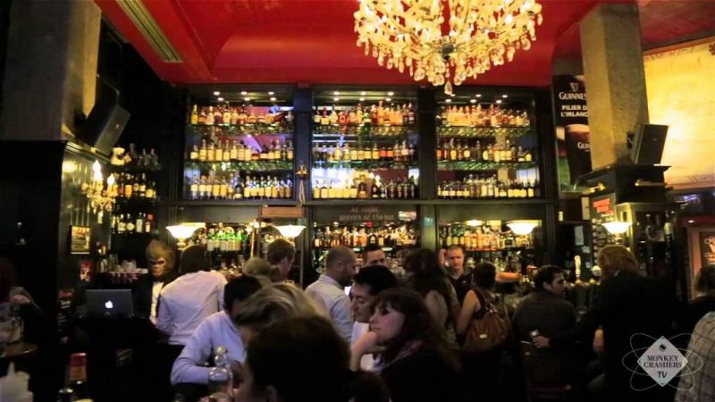 bar the Wallace Lyon
