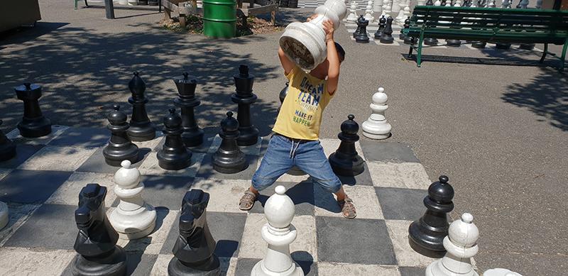 jeu d'échec géant à Genève